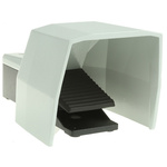 SIRIUS 3SE2 Series Emergency Stop Foot Switch with Cover, 1 Pedal, Momentary Contacts, 2NO/2NC