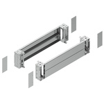Schneider Electric 200 x 800mm Plinth for use with CRNG, S3D, S3X, SD, SFHD, SFX, SMX, Spacial SM